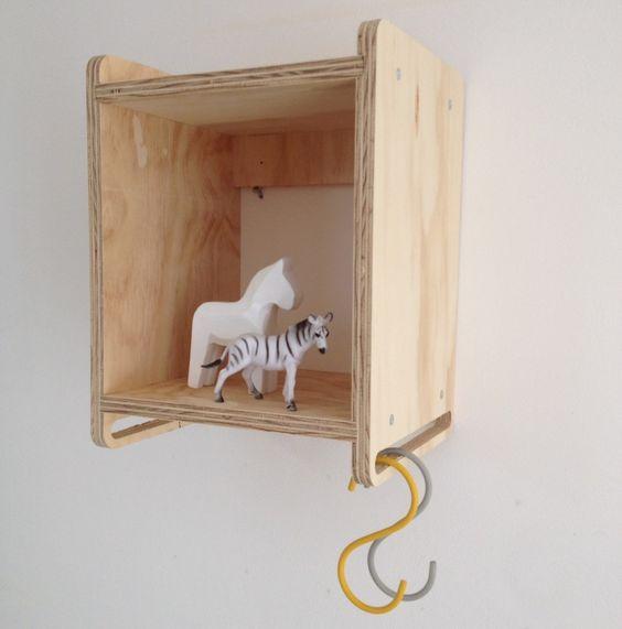 Kinderkamer decoratie hout wandkastje DertigZes   BabyBeGood